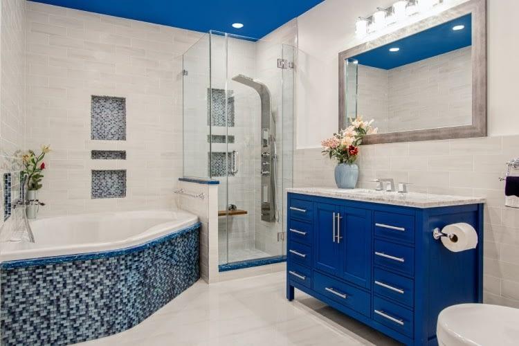 Modernize Your Bathroom – 11 Simple Solutions